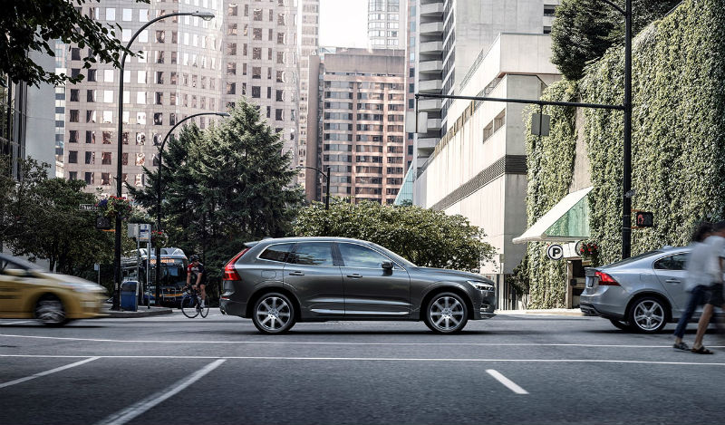 208063_the_new_volvo_xc60_b.jpg